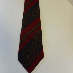 Tommy Hilfiger Red/ Green Paisley Men's Tie